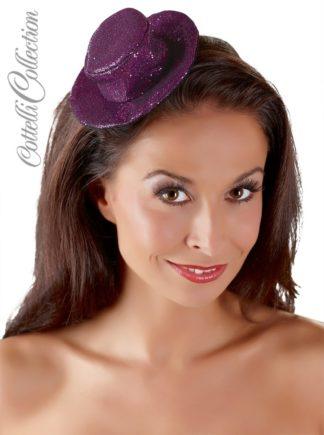 Violettfarbener kleiner Hut